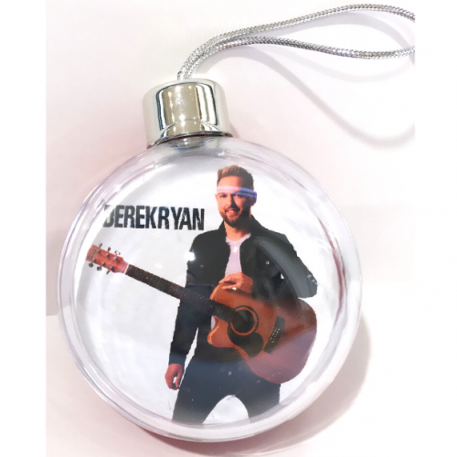 New Derek Ryan Snowglobe